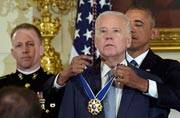 In an emotional farewell, Obama awards Biden the Presidential Medal of Freedom