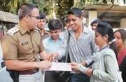 Bihar cadre IPS officer Shivdeep Lande to head Mumbai Anti Narcotics Cell