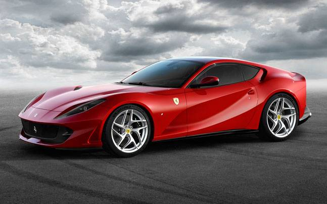 Ferrari 812 Superfast with 800bhp unveiled ahead of Geneva