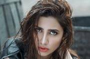 Raees actor Mahira Khan is a single mother. 10 things you did not know