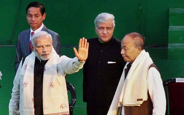 Narndra Modi with Ibobi Singh