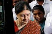 Panneerselvam asks for patience after governor note indicates Sasikala won't be called to form govt