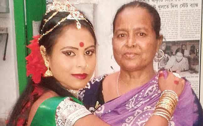 West Bengal For This Dancer, Her Sex Worker Mother Is God To Her - Mail Today News-8651