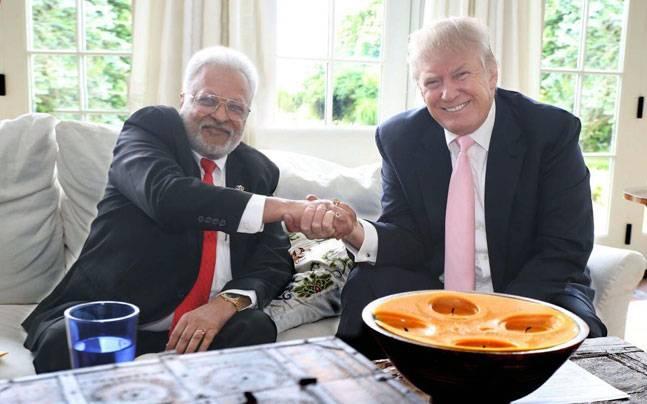 Shalabh Kumar with Donald Trump (Photo: Facebook/Shalabh Kumar)