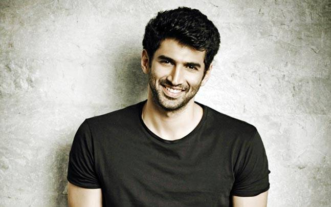 Did You Know Aditya Roy Kapur Went To Dance Class Just To Look Up