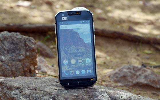 CAT S60 Review: Rugged but not for everyone