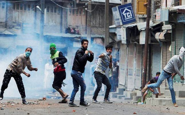 Unrest in Kashmir. Photo: PTI