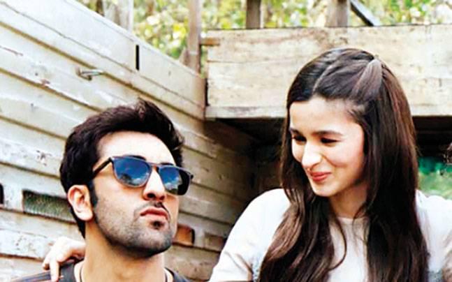 Alia Bhatt buys an apartment worth Rs 32 crore in the same tower as boyfriend Ranbir Kapoor?
