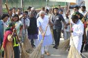 The smart and the swachh