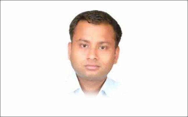 A BJP minister from Karnataka has requested Yogi Adityanath to launch a CBI probe in IAS officer Anurag Tiwari's death.