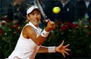 Garbine Muguruza beats Venus Williams to reach Italian Open semis