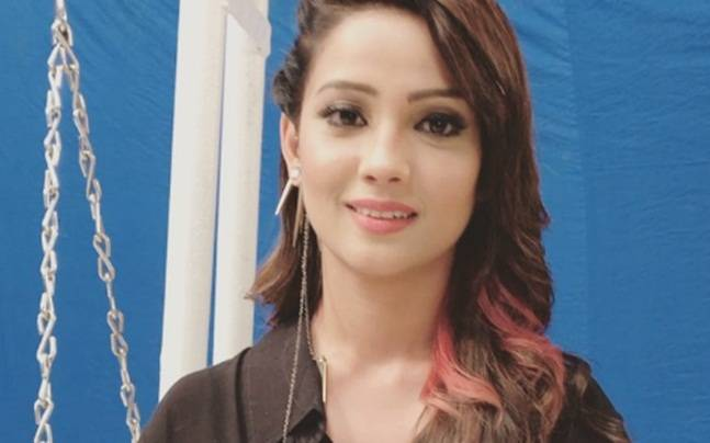 Naagin 2 Adaa Khan Hospitalised After Suffering From Acute Stomach
