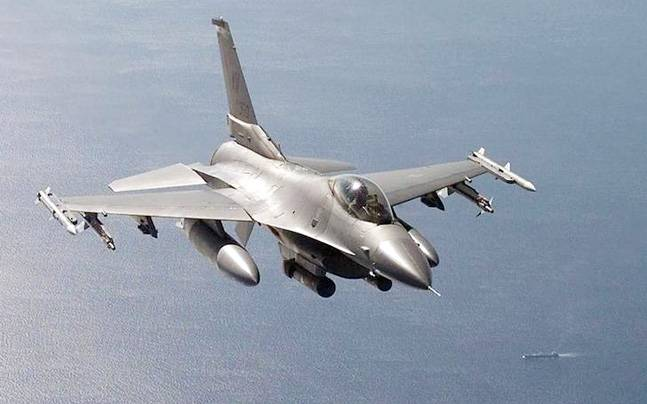 If F16s win the trials, Lockheed Martin would move the entire production line from Texas to India. (Photo: Reuters)