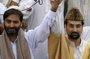 Crackdown on Yasin Malik, Mirwaiz Umar Farooq ahead of separatists' meet