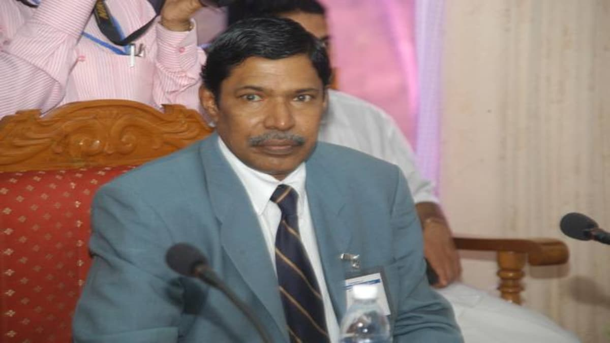 Former Kerala DGP Siby Mathews tell-all book Nirbhayam will reveal unknown  facts on ISRO spy scandal - India News