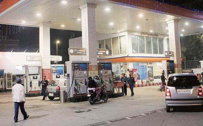 Thane Crime Branch Busts Racket Involved In Petrol Theft
