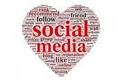 8 jobs every social media lover will enjoy