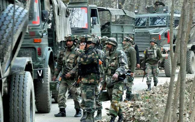 Triple terror attacks in Jammu and Kashmir; police constable shot dead -  India News