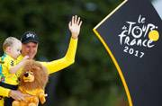 Near perfect Chris Froome claims fourth Tour de France title
