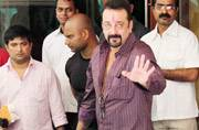 No norms flouted in Sanjay Dutt's release from jail: Maharashtra Govt to HC