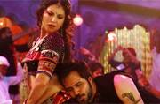 Baadshaho song Piya More: Sunny Leone-Emraan Hashmi raise mercury levels with their sultry moves