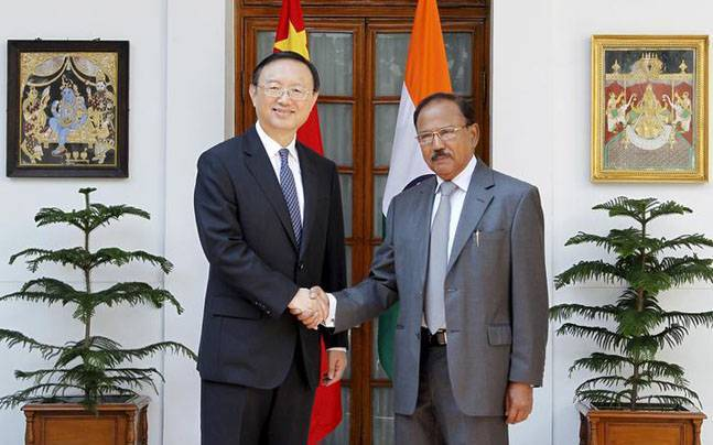 Ajit Doval and Yang Jiechi ( Reuters file photo)