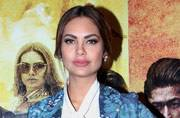 Esha Gupta's floral suit will give you early mid-week blues