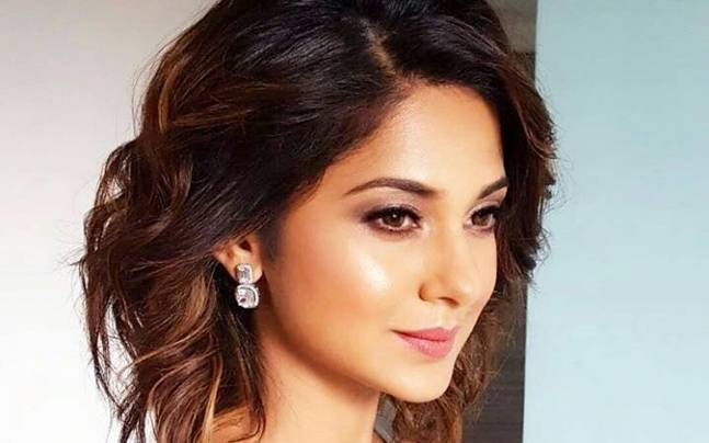 Jennifer Wingets Look For A New Tv Show Is Nothing Like Beyhadh