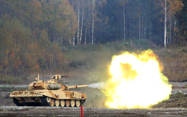 watch india s main battle tank t 90 in action during international