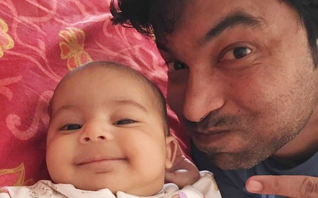 Chandan Prabhakar with his daughter Advika.