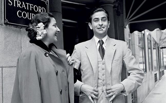 Raj Kapoor and Nargis outside Stratford Court Hotel in Oxford Street (now the Edwardian Berkshire Hotel), London, 1956. (Photo: Jitendra Arya)