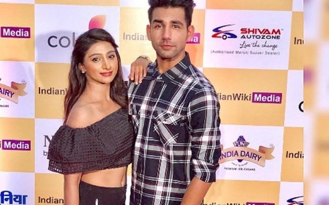 Rishi Dev and Mohensa Singh.