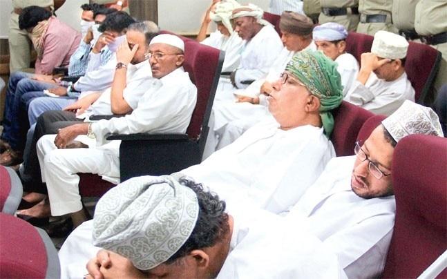 Omani and Qatari nationals with Indian Muslim priests