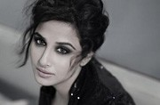 Vidya Balan meets with a car accident, escapes unhurt
