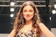 Divya Khosla Kumar was a colourful mess on the AIFW runway