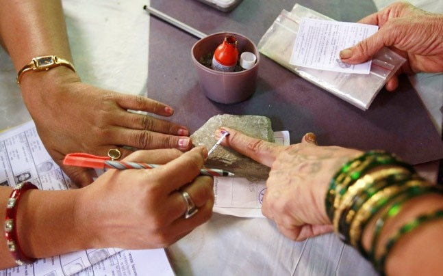Is simultaneous elections to Lok Sabha, state assemblies feasible?