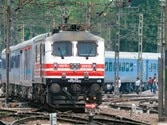 UP: Woman and her 4 daughters thrown out of train in Lakhimpur district, 2 dead