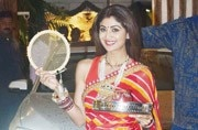 Shilpa Shetty couldn't have worn a tackier saree for Karva Chauth, even if she tried