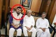 Twitter war intensifies between Modi and Tejaswi over Nitish's viral photo