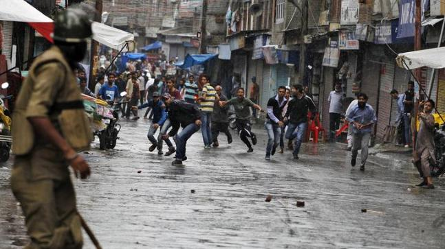 2 die in firing on stone-throwing protesters in Kashmir
