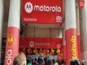 Motorola opens 50 Moto Hubs in a day, expands offline retail strategy