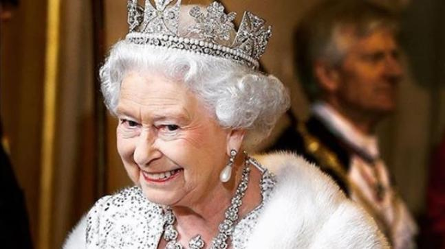 Here's How The British Royals Hid The Crown Jewels From Nazis