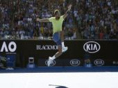 Australian Open: Jo-Wilfried Tsonga beats Denis Shapovalov in 5-setter