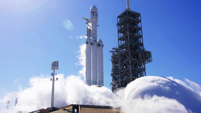 SpaceX Conducts First Static Fire Test for Falcon Heavy