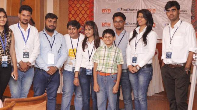 Akshay Ahuja with his RoboChamps