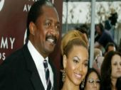 Beyonce wouldn't have been famous if she had darker skin, says her father