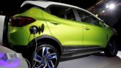 Lack of policy not to hamper development of EVs, say auto-makers