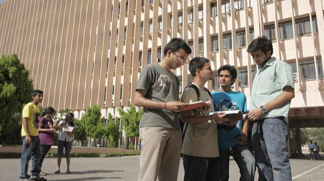 Over 1,200 IITs, NITs graduates to teach engineering students in poor districts