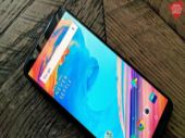 OnePlus 5T starts receiving Android Oreo update once again after brief suspension