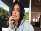 Kylie Jenner announces the birth of baby girl after months of secrecy
